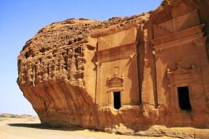 la-trb-offbeat-traveler-madain-salih-archeolog-005